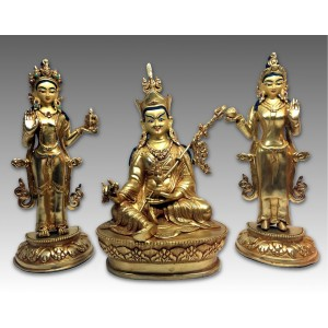 Guru Padmasambhava con Mandarava e Yeshe Tsogyal
