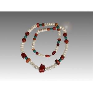 Collana in turchese e perle